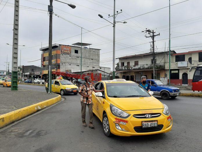 Taxistas reclaman seguridad.