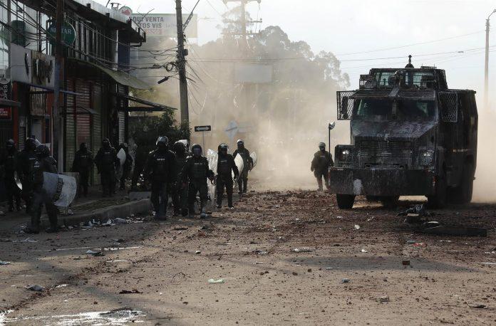 La misión internacional que analizó lo ocurrido en las protestas calificó de desmedida la reacción dada por el gobierno colombiana a las manifestaciones.