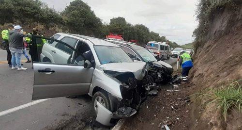 Cuatro personas resultaron heridas en un accidente de tránsito en Mocha.