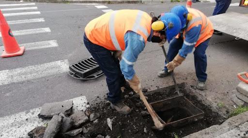 HECHO. Trabajadores de la empresa de agua potable realizaran el mantenimiento
