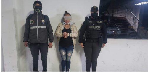 Una mujer fue atrapada con cocaína en el centro de Ambato.