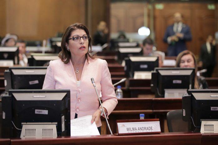 Wilma Andrade cuestiona elección de candidatos en la ID