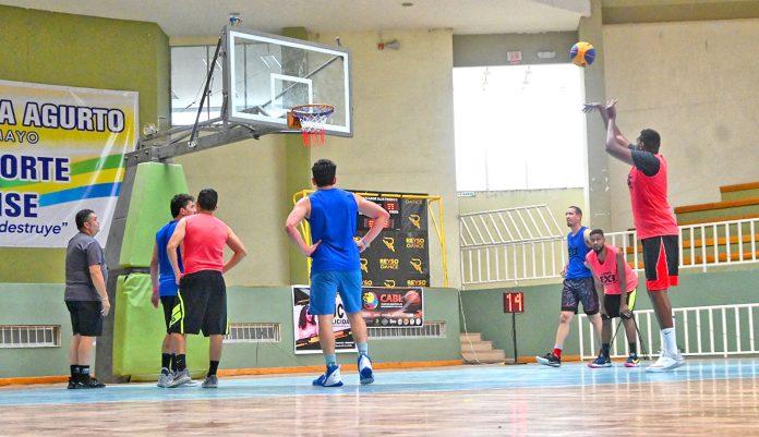 Equipo zamorano de baloncesto se consagró en Catamayo