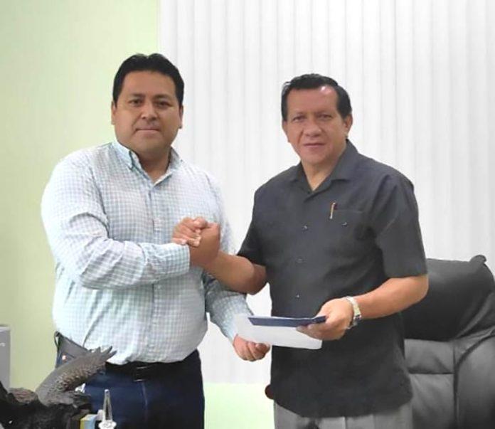 DIRIGENTE. David Vinueza actual presidente junto a Fausto Mera.