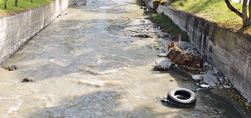 Encuentran cadáver en el río Malacatos