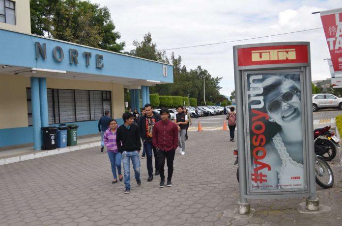 Clases. Alrededor de 15.000 estudiantes están inscritos en la UTN.