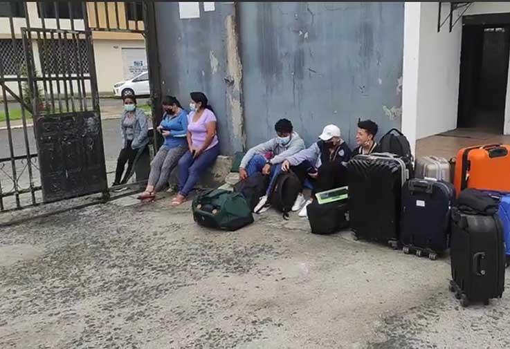 SITUACIÓN. Superado el inconveniente los deportistas se trasladaron a Machala.