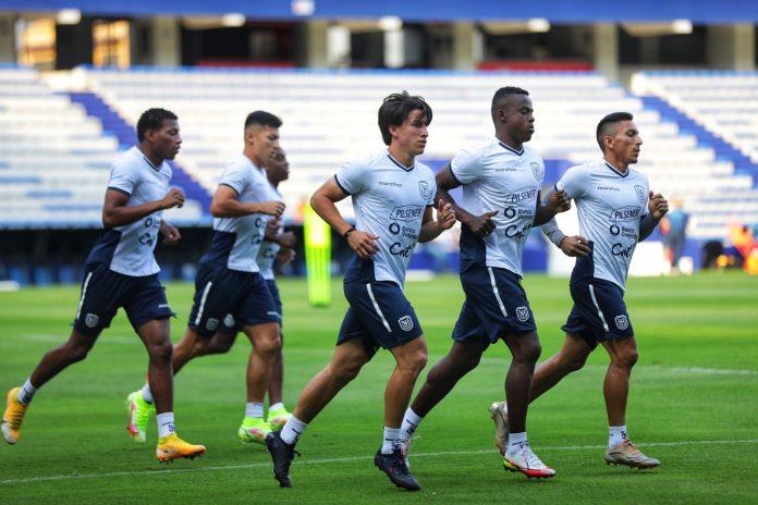 Ecuador cierra los entrenamientos en Venezuela y viaja a Colombia